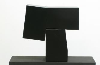 Escultura-en-hierro-40-x-40-x16-cms
