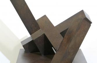 "'HAU-MADRILENTZAT""-2001-Chapa-de-bronce--38-x-51-x-35cms-"